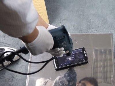 Выдержит ли экран Oukitel K10000 Pro испытания на прочность дрелью?